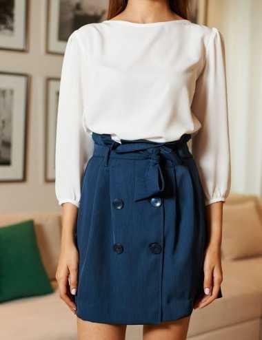 Jupe bleue à ceinture