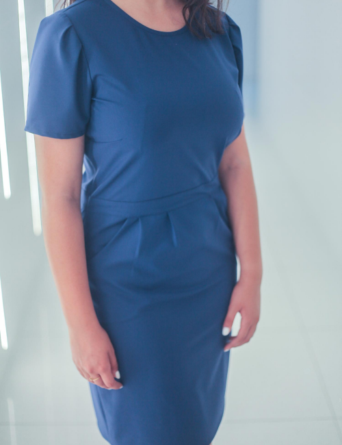 robe élégante bleu mer